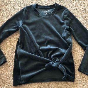 Abercrombie velvet full sleeve top. Perfect shape